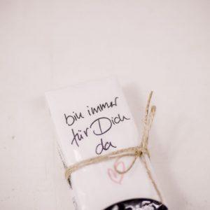 Paket klein.jpg Taschentuch