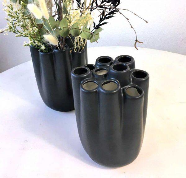 vase-schwarz-matt2